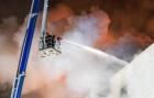 Vídeo: Shopping pega fogo e mata pelo menos 64 pessoas. Flagrante de momentos de pânico em incêndio na cidade russa de Kemerovo, Sibéria, Rússia