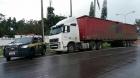 Homens presos com caminhão roubado com R$400mil de mercadorias