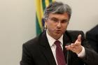 Governo volta atrás, diz que rebaixamento do SALÁRIO MÍNIMO não teria a ver com GREVE DOS CAMINHONEIROS e que mínimo será de R$ 1.002