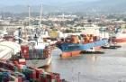 Receita Federal realiza retenção de 600 toneladas de mercadorias falsificadas no Porto de Navegantes