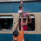 Você precisa de treinamento MILITAR para conseguir usar TREM em Bangladesh