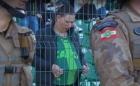 Corinthians vai pagar R$3 mil por Clayson jogar água e atingir uma torcedora da Chapecoense