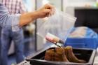 Enviar remédios para fora do país pode ser enquadrado como tráfico internacional. Veja dicas e a lista de proibições dos correios!