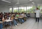 GUERRA e discriminação POLÍTICO-PARTIDÁRIA: MPs divulgam orientações contra intimidações de professores e alunos nas escolas e universidades.
