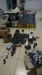 Pol?cia Militar encontra drogas e anabolizantes em casa e loga de comerciante em Barbacena