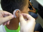 Jovens est?o perdendo audi??o por causa de fones de ouvido, alerta conselho
