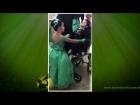 Garotinha escolhe IRMÃO DE 4 ANOS, com paralisia cerebral para seu par e padrinho de formatura!