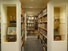 Conheça a maior biblioteca da Europa sobre cães. Isso mesmo! Uma bibliocoleção somente sobre cachorros!