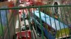 Ônibus 7110 despenca da Trincheira do Itaú em Contagem: Duas mulheres teriam distraído o motorista